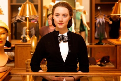 https://cinrac.files.wordpress.com/2016/03/t-brooklyn-trailer-saoirse-ronan.jpg?w=387&h=258